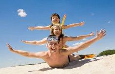 Отдых на море: 6 развлечений для всей семьи