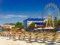 Железный порт - самый крупный и самый популярный курорт Херсонской области