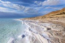 Почему морская вода соленая?